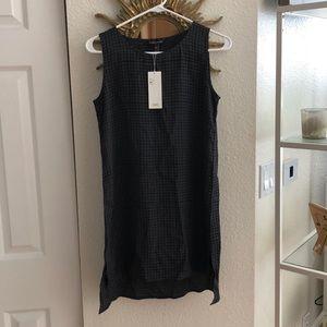 Eileen Fisher V-neck Sleeveless Tunic